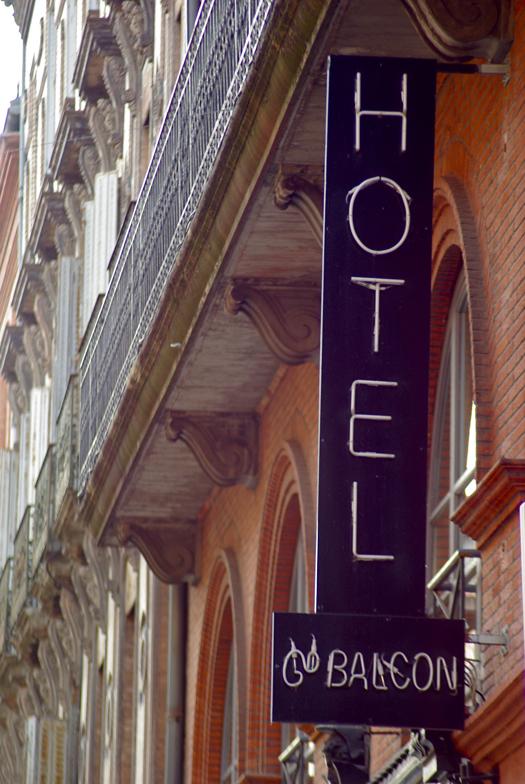 day16hotel.jpg