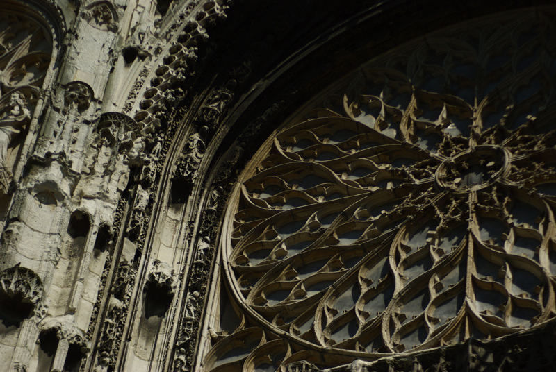 day8rosewindow.jpg